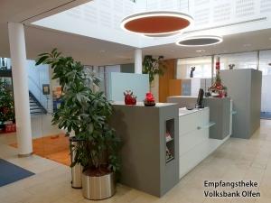Empfangstheke-Volksbank-Olfen.jpg